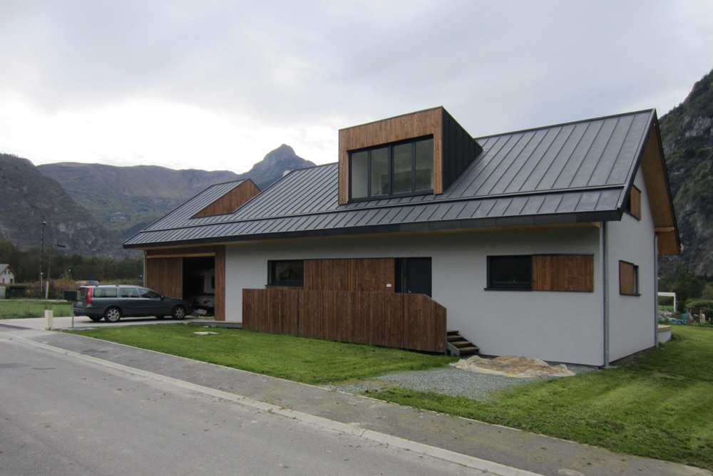 quarcs-house V-06